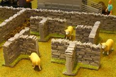 4 x Stone Walling T Sections by Brushwood 1:32 scale BT3008