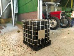 Black IBC Tank 1:32 scale by HLT Miniatures FB065B