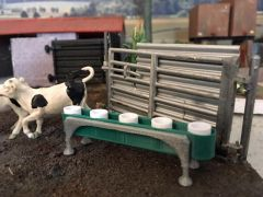Calf Bucket Feeder 1:32 Scale (Prod. Code MIN025)