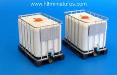 2 x 600L IBC Tanks 1:32/1:35 scale by Plusmodel PLM512