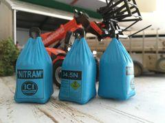 1 x ICI Nitram Fertilizer Top-Lift/Dumpy Bags/Sacks 1:32 scale by FABScenics (Cat. FAB16)
