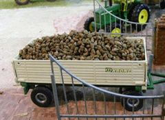 23091 Sugar Beet 1:32 Scale Crop Vehicle Load by Juweela