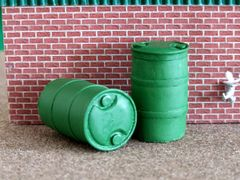 2x Green Barrels Drums 1:32 scale by HLT FB063G