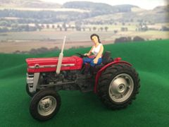 WM083Y 'Yvette' Lady Tractor Driver with articulated arm by HLT Miniatures