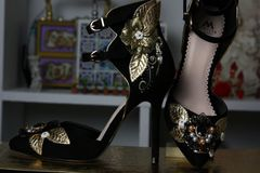 190 Baroque Designer Inspired Embellished Black Shoes Size 7,5
