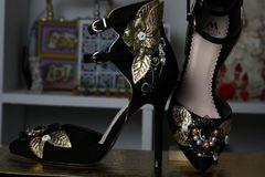 190 Baroque Designer Inspired Embellished Black Shoes Size 7,5