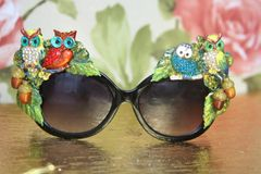 4124 Baroque Hand Painted Vivid Owls Adorable Embellished Sunglasses