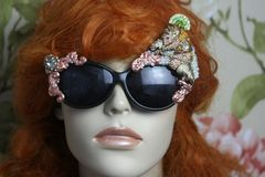 4142 Baroque Crystal Horse Irregular Embellished Sunglasses