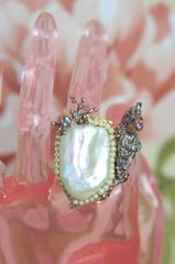 4296 Genuine Baroque Pearl Parrot Adjustable Cocktail Huge Ring