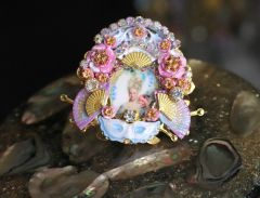 4755 Young Marie Antoinette Hand Painted Cocktail Huge Ring