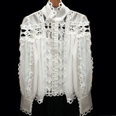 5152 High-End 2 Colors Designer Lace Cut Out Silky Touch Blouse