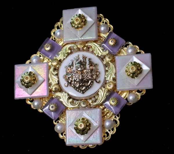 5369 Baroque Lilac Quartz Iridescent Huge Brooch