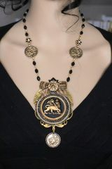 5459 Set Of Baroque Vintage Style Lion Bow Necklace+ Earrings