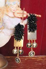 5546 Elegant Number 5 Charms Black Beaded Gold Mirror Earrings