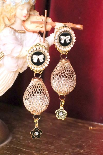 5581 Madam Coco Cage Jingle Earrings Studs