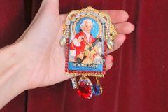 5837 Renaissance Mozart Hand Painted Massive Unique Brooch