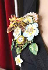 5841 Baroque 3D Effect Hand Painted Giraffe Flowers Unique Brooch