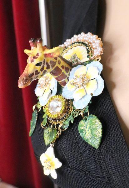 5841 Baroque 3D Effect Hand Painted Giraffe Flowers Unique Brooch