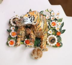 SOLD! 5905 Baroque 3D Effect Hand Painted Vivid Tiger Mom's Love Unique Brooch