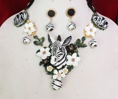 6006 Set Of Art Deco Faced Zebra Flowers Hand Painted Sulemani Agate Massive Necklace+ Earrings