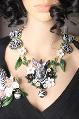 6007 Set Of Art Deco Faced Zebra Sulemani Agate Flowers Hand Painted Massive Necklace+ Earrings
