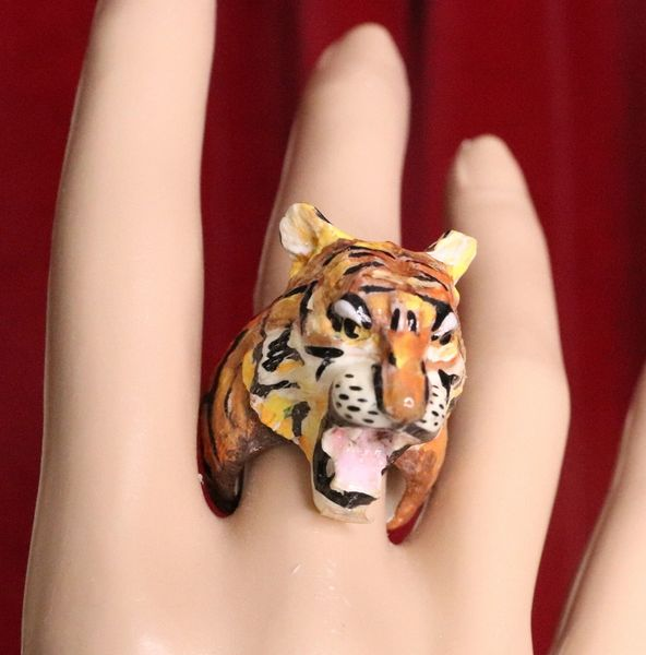 6032 Baroque Hand Painted Tiger Adjustable Ring