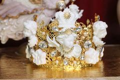 SOLD! 6061 Baroque White Chubby Cherubs Angels Crown