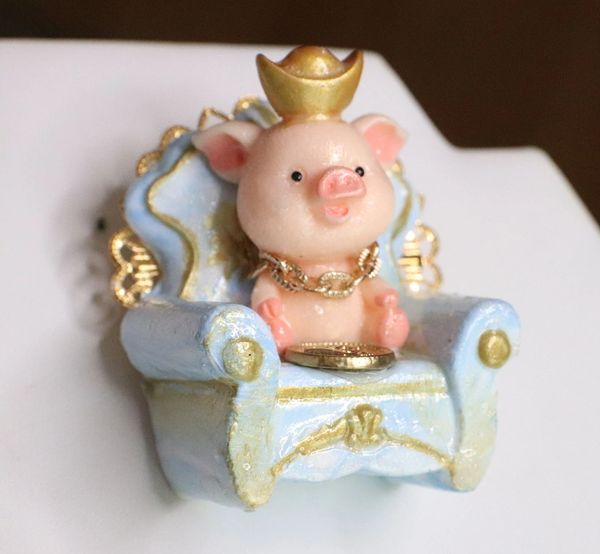 SOLD! 6095 Baroque 3D Effect Hand Painted Adorable Pig In a Chair Unique Brooch