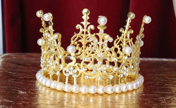 6142 Baroque Runway Clear Rhinestone Pearl Round Small Elegant Crown