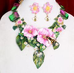 6156 Set Of Genuine Tourmaline Gemstones Hand Painted Vivid Flowers Roses Bee Necklace+ Earrings