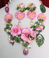 SOLD! 6197 Set Of Hand Painted Vivid Flowers Roses Bee Necklace+ Earrings