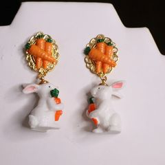 6234 Adorable 3D Effect Art Jewelry Bunny Carrots Statement Earrings