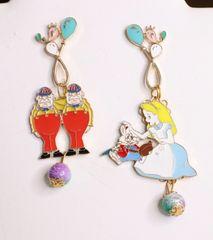 6265 Alice In Wonderland Enamel Studs Earrings