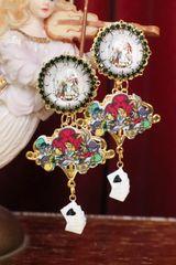 6266 Alice In Wonderland Cameo Studs Earrings