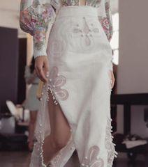 6320 Runway 2019 Elegant Cut Out White Skirt