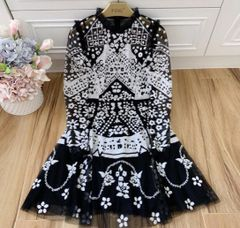 6620 Vintage Black and White Lace Dress