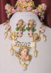 "6654 ""Fashion Sinner"" Baroque Chubby Cherubs Angels Clear Crystal Necklace"