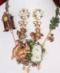 SOLD! 6714 Set Of Art Jewelry 3D Effect Squirrel Clock Oak Necklace+ Earrings