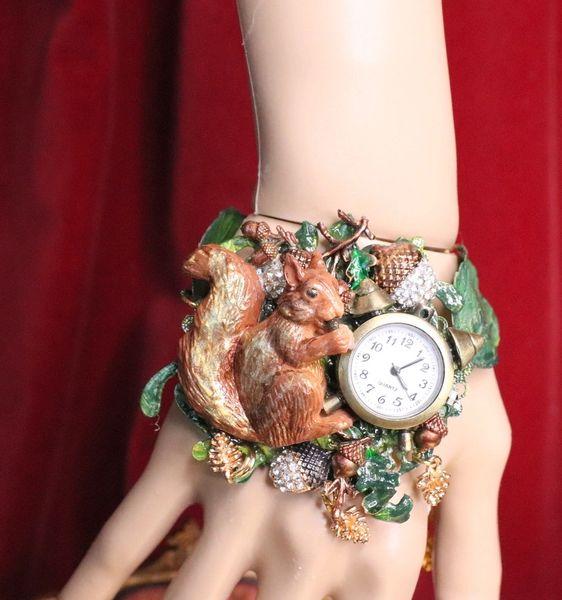 6715 Baroque Oak Clock Squirrel Hand Painted Adjustable Bracelet