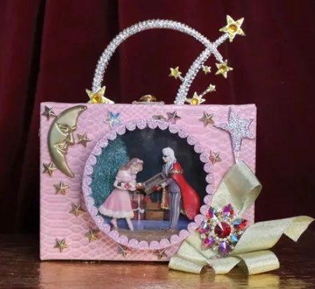 6796 Baroque 3D Effect Nutcracker Stars Trunk Cross-body Handbag