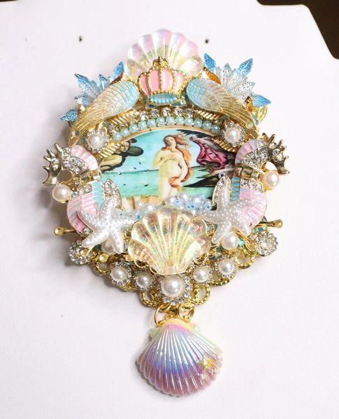 6797 Birth Of Venus Sea Horse Shell Winged Huge Stunning Brooch