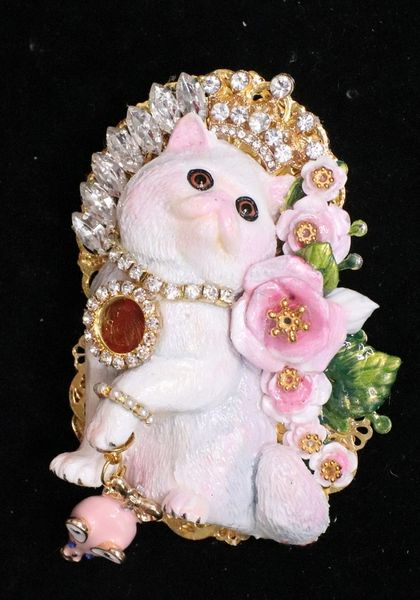 SOLD! 6829 Baroque Art Jewelry 3D Effect Lady-cat Roses Mouse Brooch