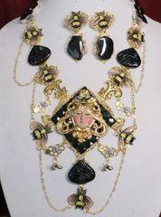 SOLD! 6911 Set Of Art Deco Genuine Agate Queen Bee Baroque Necklace+ Earrings