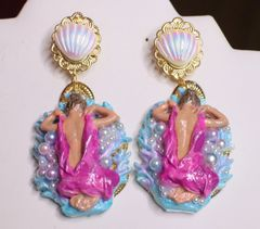 SOLD! 6940 Baroque Coral Reef Lady Nautical Earrings