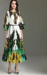 6959 Runway 2020 Tropical Print Pleated Mid Cuff Dress