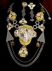 SOLD! 7011 Set Of Art Deco Honey Queen Bee Baroque Necklace+ Earrings