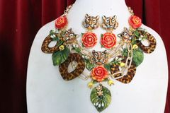 SOLD! 7016 Set Of Art Jewelry 3D Effect Baroque Chained Hand Painted Tigers Roses Necklace+ Earrings