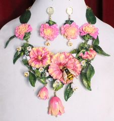 7062 Set Of Art Nouveau Hand Painted Vivid Hibiscus Bee Necklace+ Earrings