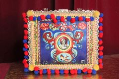 6287 Baroque Print Pom Pom Trunk Embellished Handbag