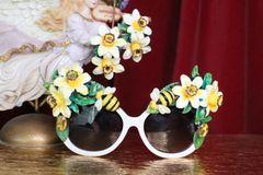 7173 Art Nouveau Dona Anna Flower Bee Embellished Sunglasses